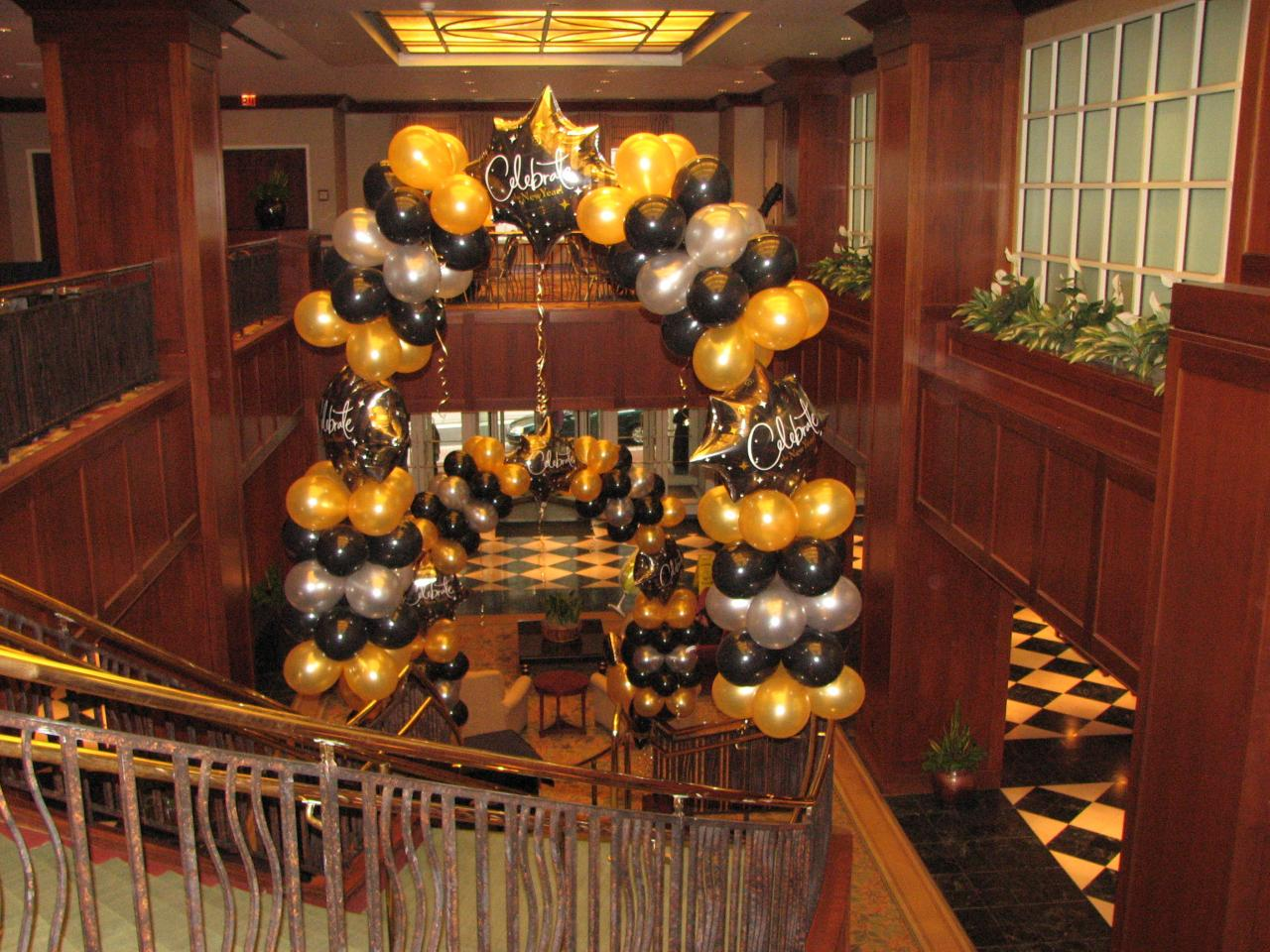 Bouquets & Balloons - New Years Decorations Ballons ...